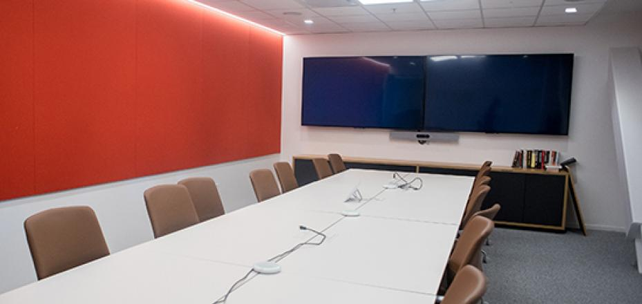 Conference room in Stanford Redwood City